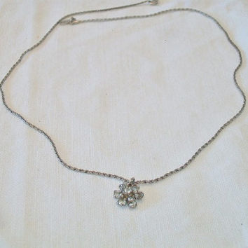 Vintage Avon Rhinestone Flower Pendant Necklace Costume Jewelry