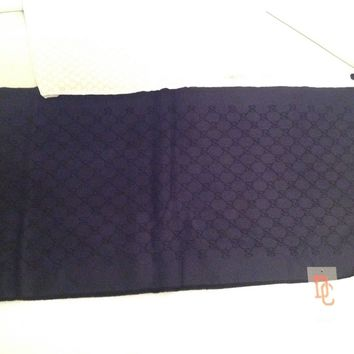 GUCCI Scarf. Free p&p read the description more photo if you need ask