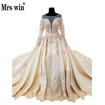 Amazing Design Elegant Lace Muslim Wedding Dresses Scoop Neck Long Sleeves Vintage New Bridal Ball Gown Embroidery Royal Train C
