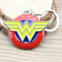 Movie Wonder Woman Super Heros Round Metal Keychain Pendant Key Chain Chaveiro Key Ring T148