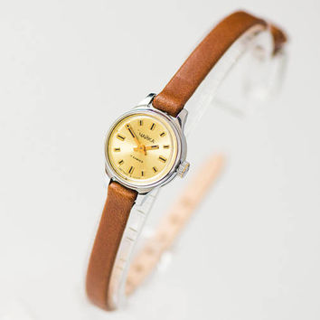 Petite watch for women Seagull, micro watch silver beige shades, minimalist lady watch tiny, classic watch gift, genuine leather strap new