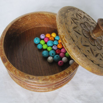 Vintage Round Hand Made Carved Wooden Box 1973 year, jewelry box