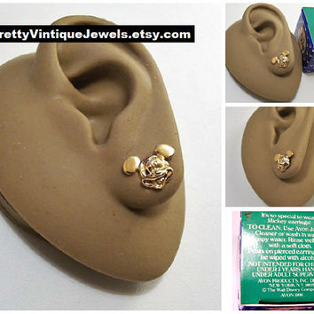 Mickey Mouse Disney Pierced Post Stud Earrings Gold Tone Vintage Avon 1990 Small Big Round Ears Eyes Wide Mouth Grin Surgical Steel Post New