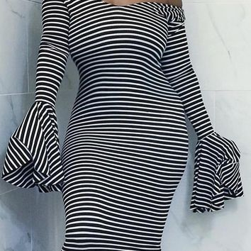 New Black-White Striped Off Shoulder Long Bell Sleeve Sweater Fashion Maxi Dress