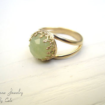 Jade Ring In 14k Gold - 10mm Faceted Gemstone , Gold Ring , Green Ring , Vintage Ring , Birthday Gift , Delicate