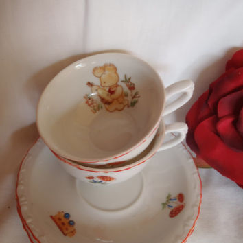 Vintage Miniature Tea Cup and Saucer , Porcelain , Child Cups with Bunny , Collectibles , Set of 2