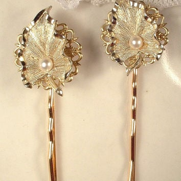 TRUE Vintage Trifari Pearl Gold Leaf Bridal Hair Pins, Pair Keepsake OOAK Gold Leaves Bobby Pins Set 2 of Hair Clips, Bridesmaid Gift