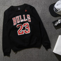 Hooded tide brand sports bull AJ trapeze 23 round neck fleece digital alphabet warm cotton sweater Black