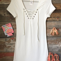 Fun in the Sun Tie Dress: White