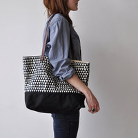 TOTE BAG triangle by bookhouathome on Etsy