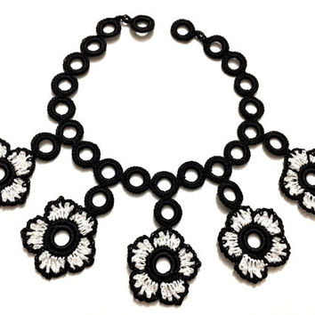 "colored Floral Lariat Necklace, Boho Jewelry, Turkish Oya Crochet Necklace, Rainbow Art Jewelry, Mother""s day Gift, Black And White,"