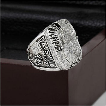 2008 Detroit Red Wings NHL Hockey Stanely Cup Championship Ring 10-13 size with cherry wooden c