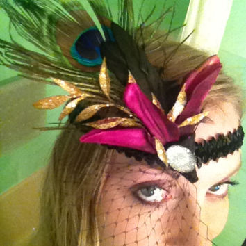1920s Flapper Haloween Costume Sexy Adult Halloween Costume headband, Glamorous Peacock feather sparkle head veil, roaring 20's Inspired