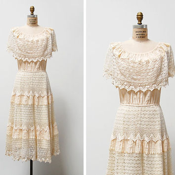 vintage 1970s dress / 1970s mexican dress / 70s crochet wedding dress