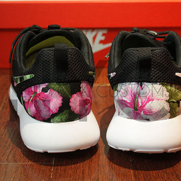 dda87ddfaf3e Nike Roshe Run Black White Hibiscus Floral Print Custom Men   Womens