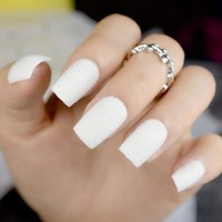 White Swan Fake Nails Pure Matte Flocking Velvet Medium Square Ladies False Nails Kit 24pcs with glue sticker
