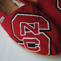 Ready To Ship Womens Size 85 NC State Hand by PaperHeartsApparel