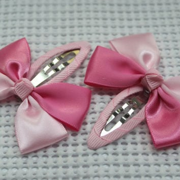 Satin hair bow snap clip girls snap clip baby snap clip barrattes satin hairbow satin hair clip lined snap clip in Pink
