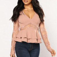 Lace And Grace Top - Mauve
