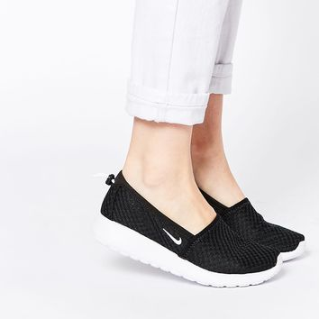Nike Roshe Run Black & White Slip on Trainers