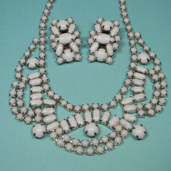 Milk Glass Jewelry Set, Bold Classic, White and Silver Tone, Vintage