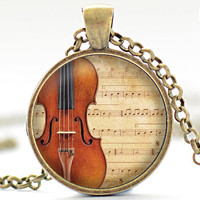 Violin Necklace, Classical Music Charm, Violin Jewelry, Violin Pendant (1888)