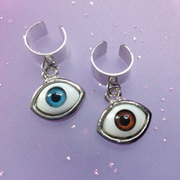 Eyeball ear cuff in blue or brown eye