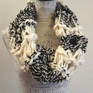 Chunky knit cream and black button cowl. crochet chunky infinity scarf. Made by Bead Gs on ETSY.