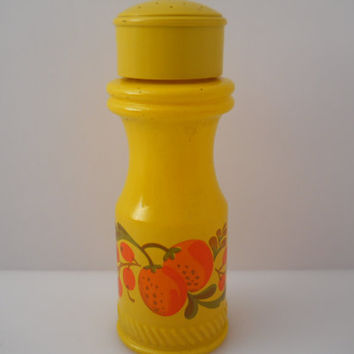 Avon Pennsylvania Dutch Yellow Painted Floral Shaker Spice Bottle c 1970s