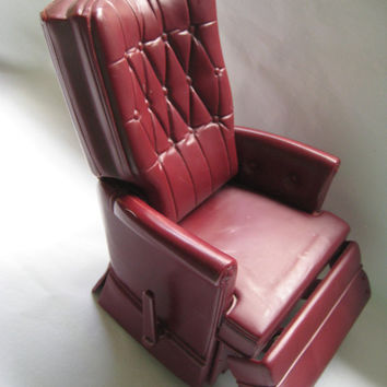 Vintage Doll Action Figure Furniture Maroon Burgundy Plastic Recliner Chair Livingroom Decor Made in Hong Kong Foil Label Clean Works