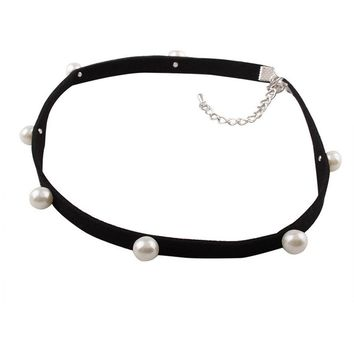 Casual Velvet Faux Pearl Choker Necklace