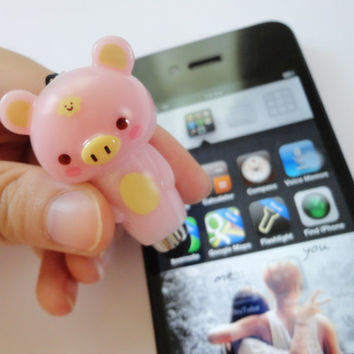 SALE 20-80%: Stylus,Charm and Dust Plug 3 in 1 Pink Little Pig stylus for iPad. iPhone. Samsung. HTC.