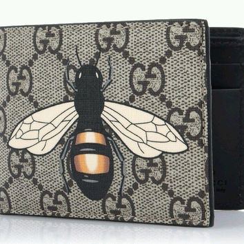 One-nice™ GUCCI Men's GG Supreme Bee Symbol Half Wallet Authentic