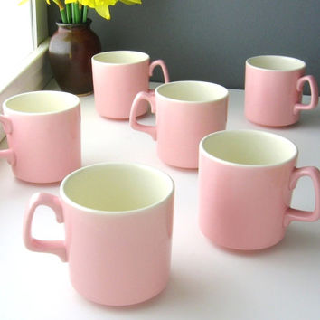Vintage Pink Tea Cups / Coffee Mugs / Mid Century Serving