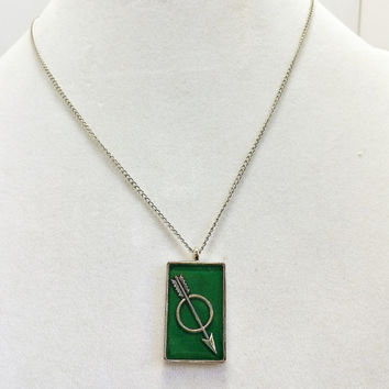 Arrow jewelry / green arrow / arrow necklace / rectangle pendant / green jewelry / arrow pendant / valentine jewelry