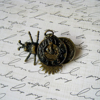 unisex steampunk brass brooch pin with beetle gear and clock