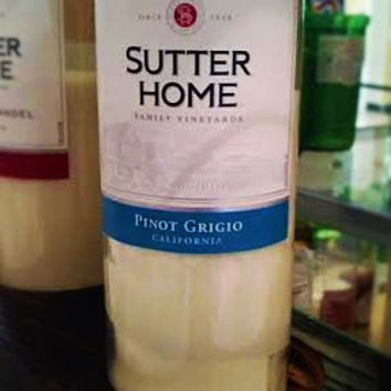NEW Repurposed Sutter Home Pino Grigio Bottle Soy Candle