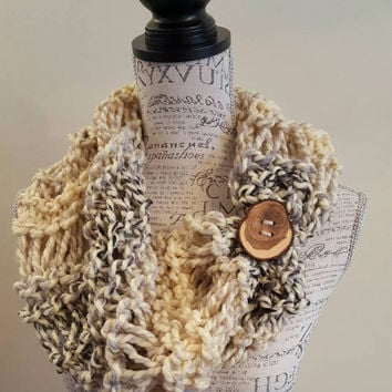 Knit wool blend cream and gray cowl  Button scarf. Knit Chunky cowl. Made by Bead Gs on ETSY.  infinity cowl.