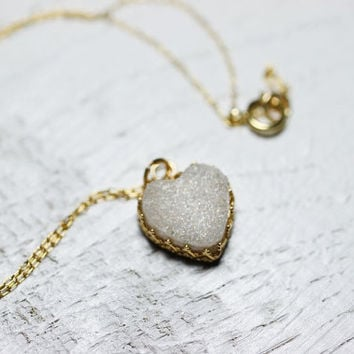 Heart Druzy Necklace. White Druzy Pendant Gemstone on Gold Filled Chain. Druzy Jewelry. Bridal necklace, Unique Gift