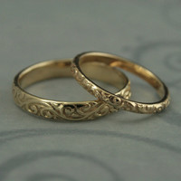 Patterned Wedding Band Set-Vintage Style Wedding Rings-His and Hers Set-Antique Style Rings-14K Gold Rococo Flourish Set-His and Hers Bands