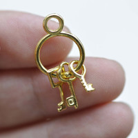 Gold Keychain with Three Vintage Keys Charms 13x24mm Set of 10 A8091