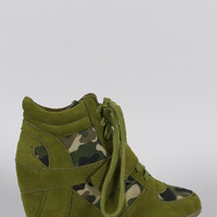 Breckelle Camouflage Lace Up Sneaker