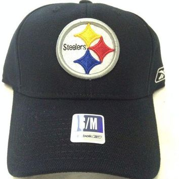 DCCKIHN BRAND NEW PITTSTBURGH STEELERS REEBOK BLACK CURVED BRIM FLEXFIT FITTED HAT