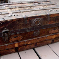 Wooden Trunk Antique Low Profile Wood Metal Wardrobe Traveling Chest Primitive Rustic Farmhouse Home Decor itsyourcountry
