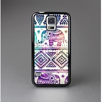 The Tie-Dyed Aztec Elephant Pattern Skin-Sert Case for the Samsung Galaxy S5