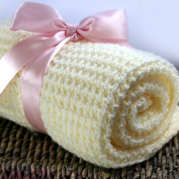 Knit Blanket, Knitted Baby Blanket, Baby Blankets, Handmade Baby Bedding, Baby Knits, Baby Products Handmade, Car Seat Blanket, Easy Finds
