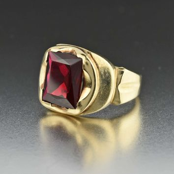 Art Deco Mens Gold Ruby Signet Ring 1920s