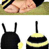 Newborn Photo Prop Crochet Bee Outfit