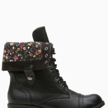 Black Faux Leather Flower Print Combat Boots @ Cicihot Boots Catalog:women's winter boots,leather thigh high boots,black platform knee high boots,over the knee boots,Go Go boots,cowgirl boots,gladiator boots,womens dress boots,skirt boots.