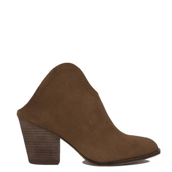 Chinese Laundry Kelso Slip On Ankle Boots - Caramel Suede
